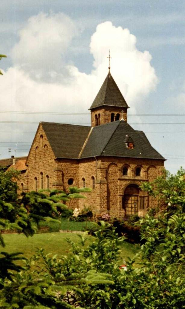 """Antoniuskapelle, Grundsteinlegung 1909, Einweihung 1910, Foto: Jakob Britz (vom """"unnerschden Ecken"""" aus)"""