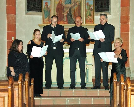 Die Somebody's proben schon fleißig für das Konzert am 1. Advent in der Antoniuskapelle; Foto: Petra Heinrich